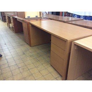 "30x60x30"" Right Pedestal Wood Desk (6/6/18)"