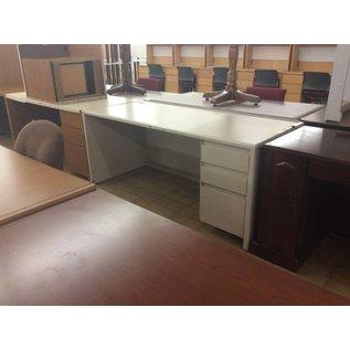 "30x70x30"" Right Pedestal Metal Desk (6/11/18)"