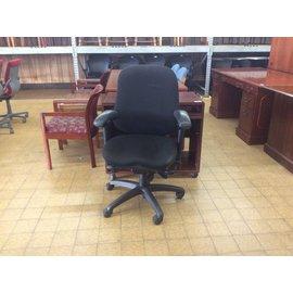 Black Padded Desk Chair (6/18/18)