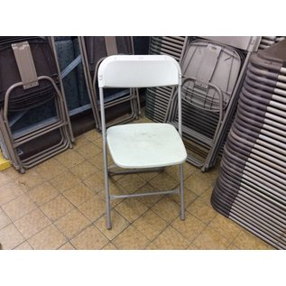 White Plastic Folding Chair (6/25/18)