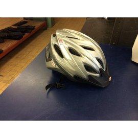 Bell adult bike helmet (8/17/18)