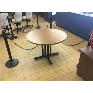 "41 1/2x29"" Round Metal Base Table (9/13/18)"