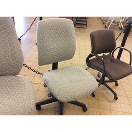 Beige pattern desk Chair on castors (9/18/18)
