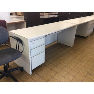 "25x70x30"" White Metal Left Ped Desk (9/20/18)"