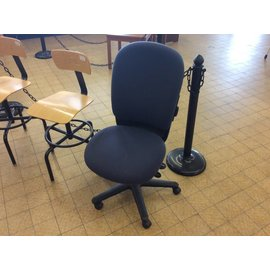 Blue desk chair w/castors (10-9-18)