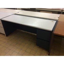25x70x30 Blue metal R/Ped desk (11/7/18)