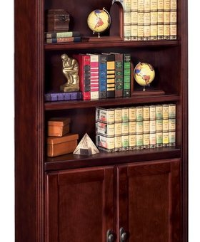 BOOKCASE <h2>HUNTINGTON CLUB BOOKCASE WITH LOWER DOORS</h2>