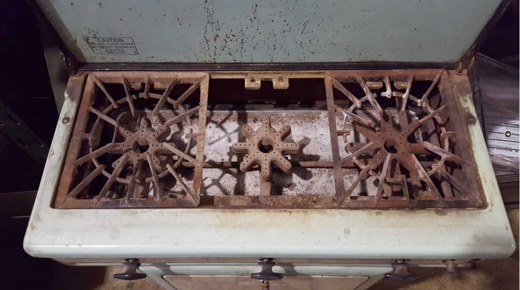 Brooklyn Quality Antique Gas Stove #PIN