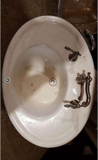 Brooklyn Oval Cast Iron Sink