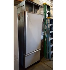 Brooklyn White Sub-Zero 611 Refrigerator #PIN