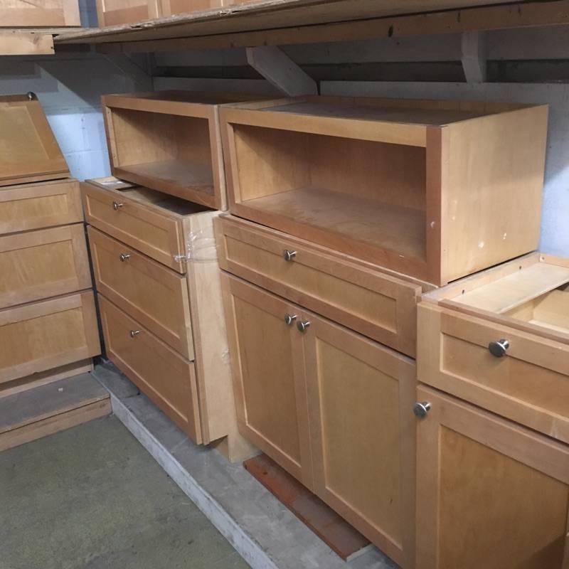 Brooklyn 24 piece Maple Cabinet Set #BLU