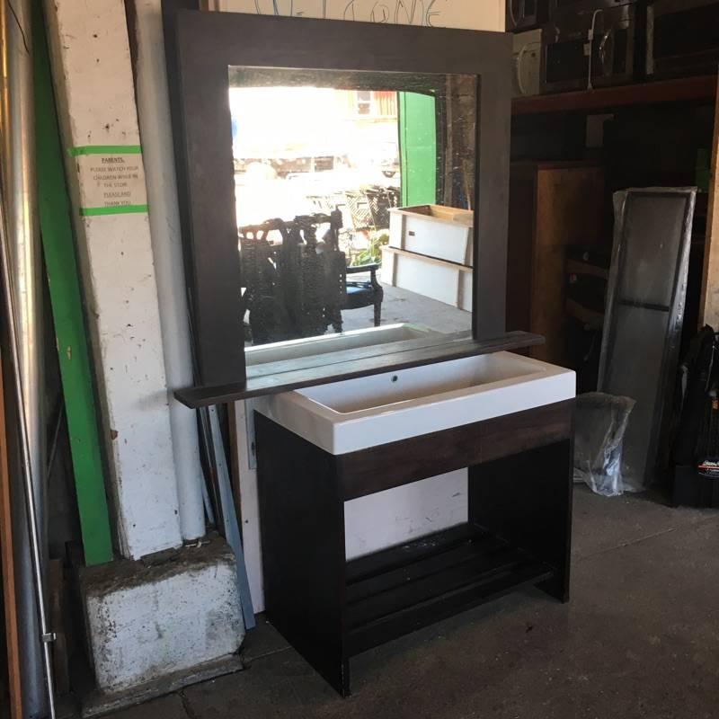 Brooklyn Lacava Vanity Unit w/ Mirror #ORA