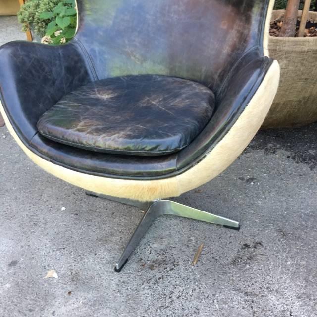 Brooklyn Distressed Leather Egg Chair #ORA