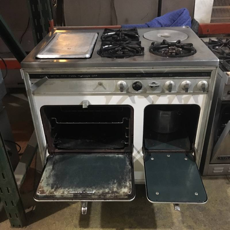 Brooklyn Antique Chambers Stove #PIN