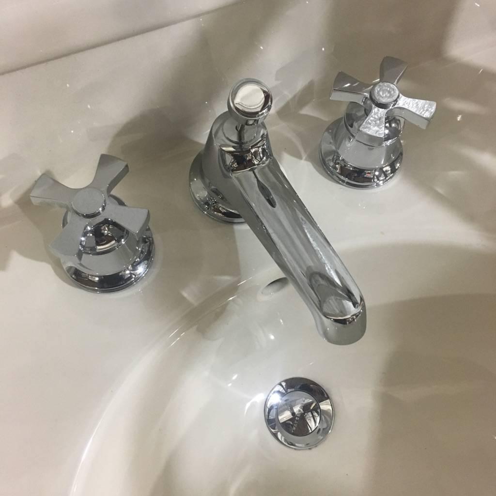 Brooklyn Watermark Pedestal Sink #BLU