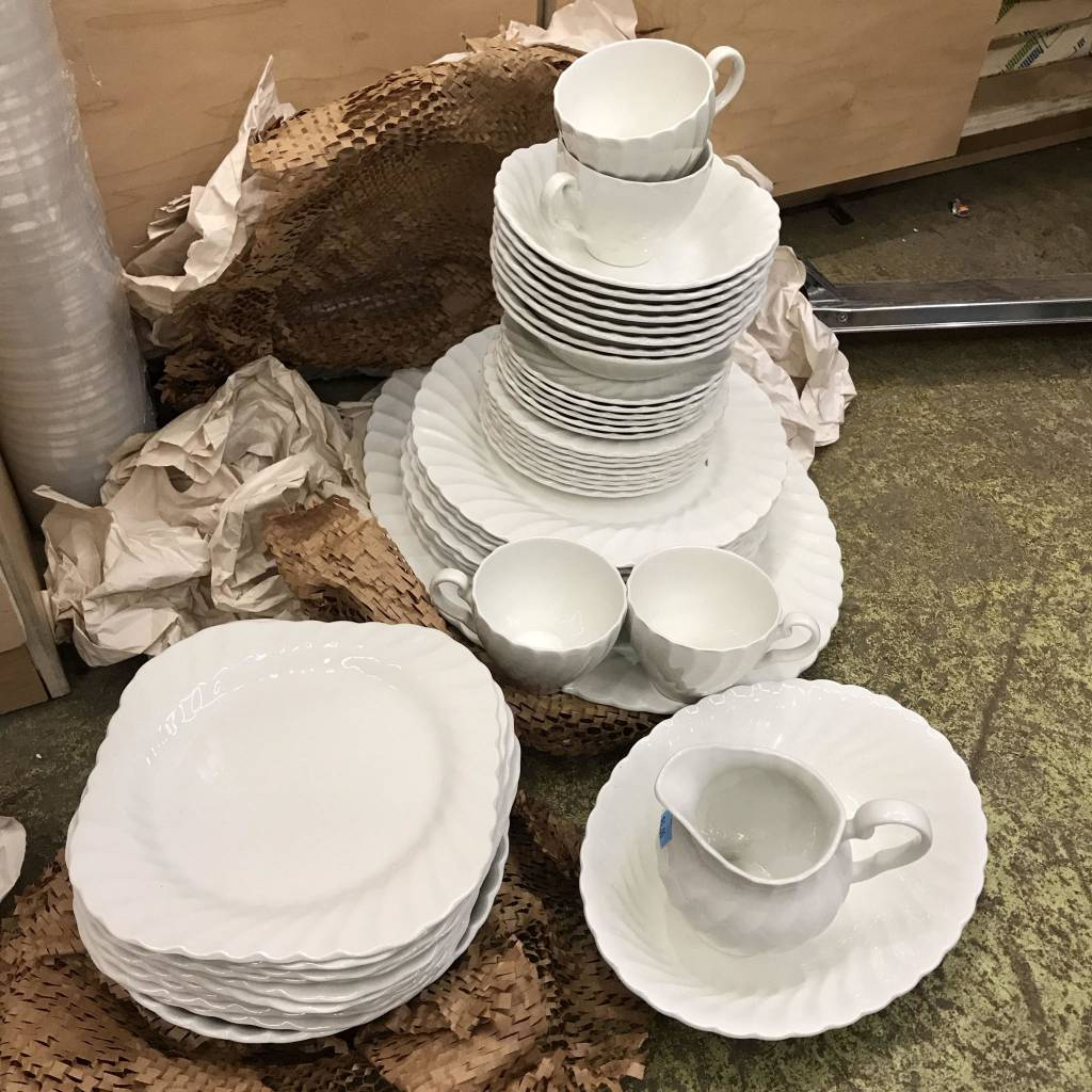 Brooklyn English Dinner Plate Set #BLU