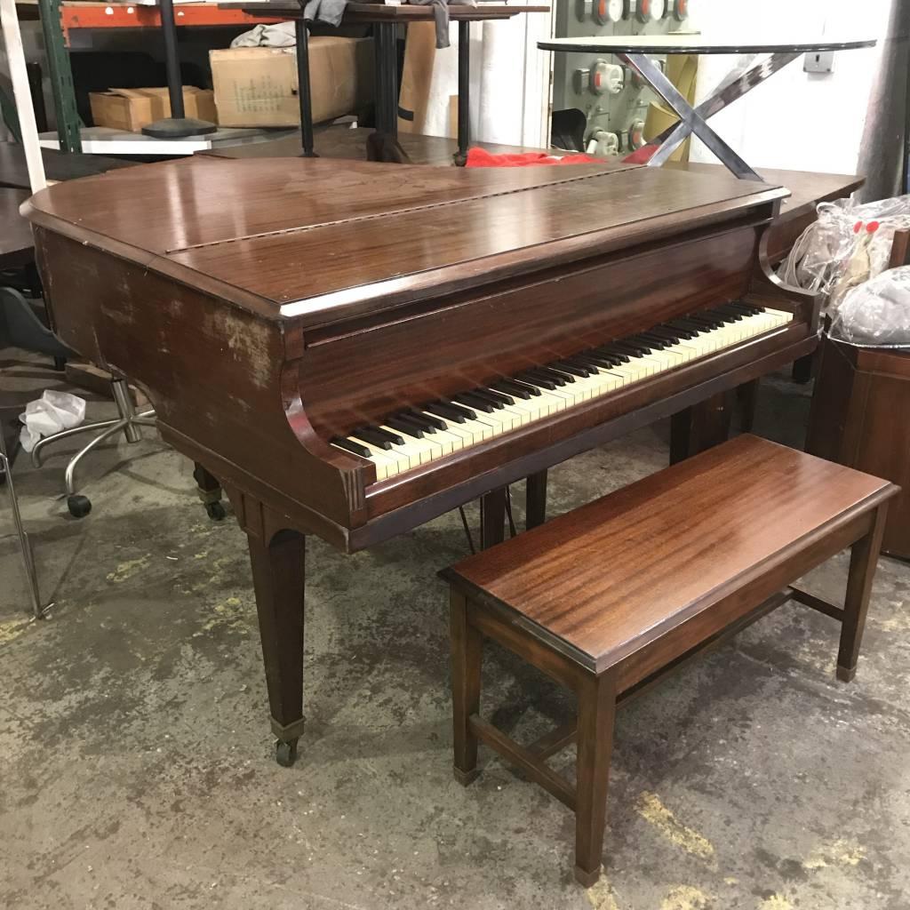 Baby Grand Piano Yel