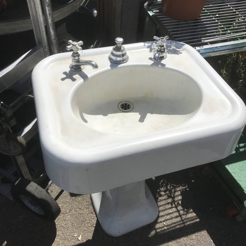 Cast Iron Pedestal Sink #ORA ...