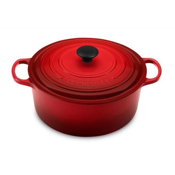 Le Creuset 4.2L Round French Oven Cherry