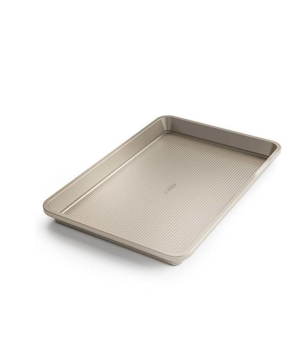 Oxo Plaque Non Stick Pro Baking Pan Ares Cuisine