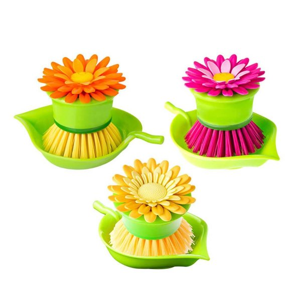 "Vigar ""Flower Power"" Dish Palm Brush with Holder"