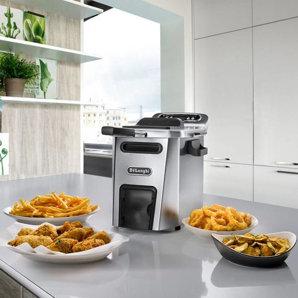DeLonghi Livenza  Deep Fryer