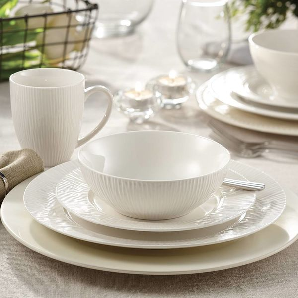 "Mann 16-Piece ""Bamboo"" Dinnerware Set"