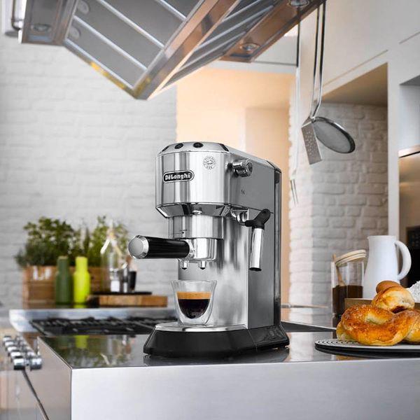 De'Longhi Dedica Deluxe Manual Espresso  &  Cappuccino Maker Chrome