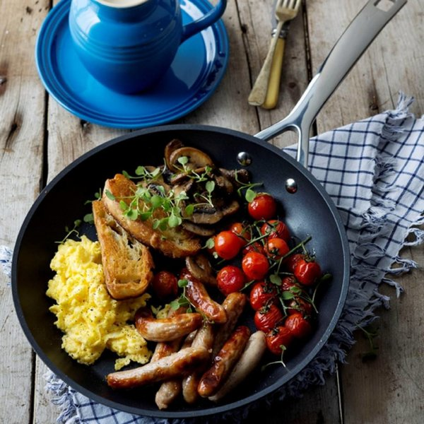 Le Creuset 28cm Forged Nonstick Fry Pan