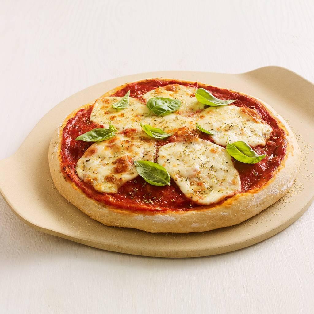 Ricardo pierre pizza avec poign es accessoires de for Tablier de cuisine ricardo