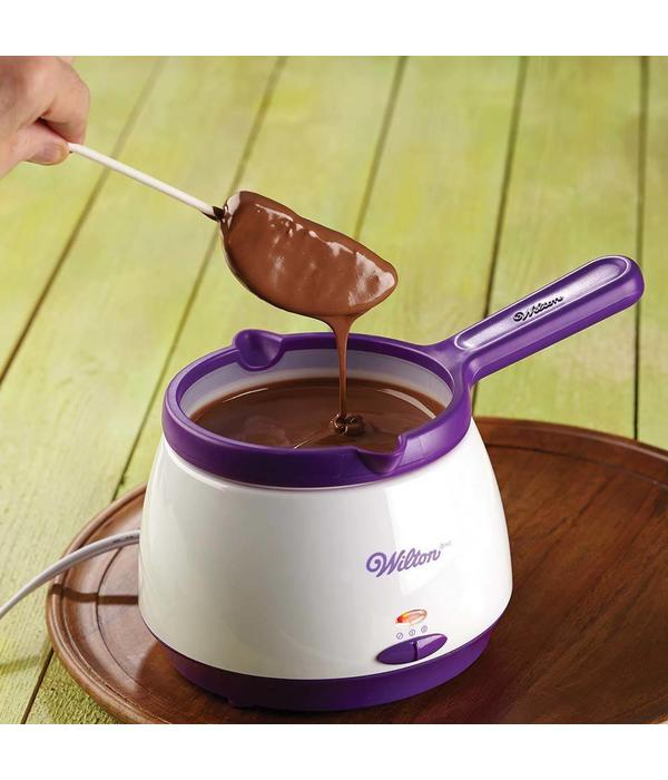 Wilton Chocolate And Candy Melts Pro Melting Pot Kitchen Supplies