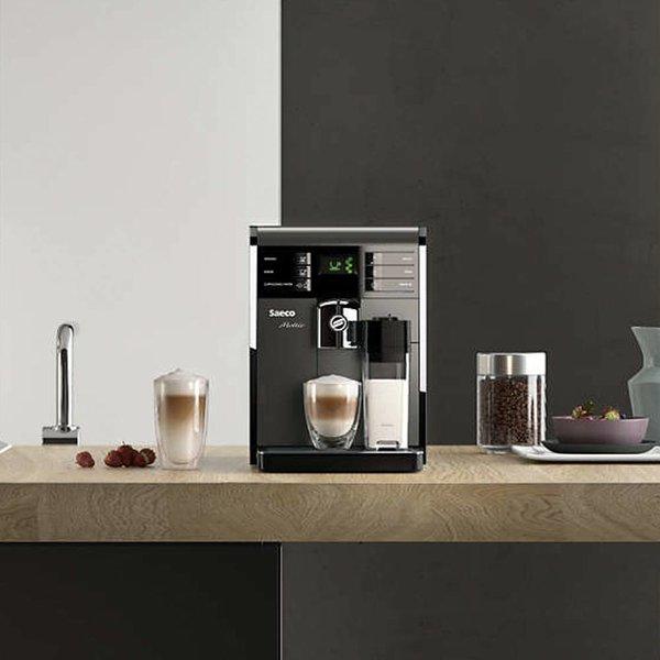 Super-machine à espresso automatique Moltio par Saeco