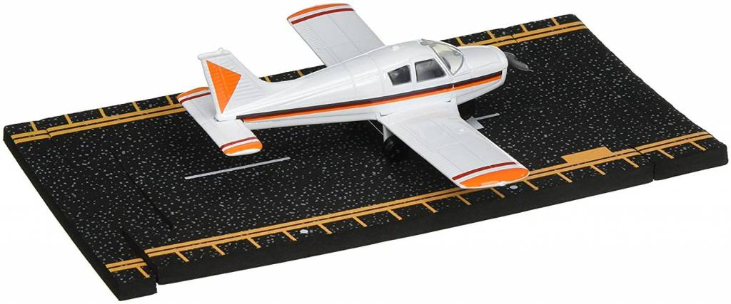 Hot Wings Piper Cherokee Die Cast Airplane