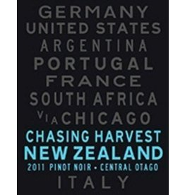 Australia/New Zealand Wine Chasing Harvest Pinot Noir Central Otago New Zealand 2012 750ml