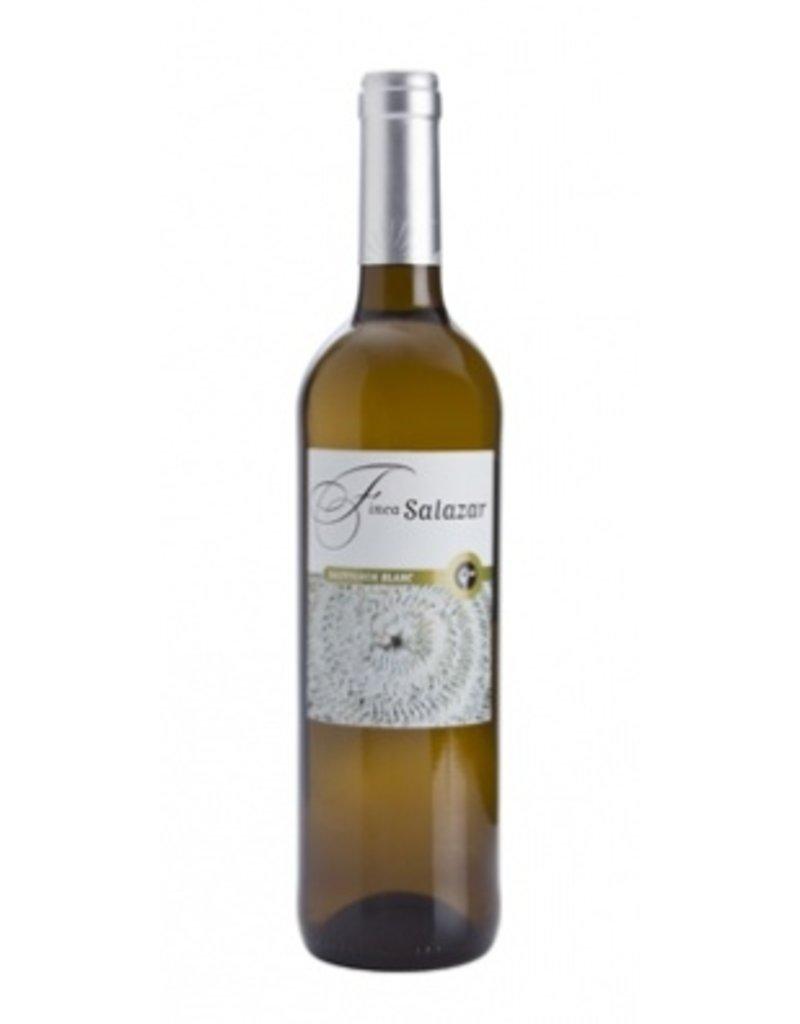 """Spanish Wine Pinuaga """"Finca Salazar"""" Sauvignon Blanc Vino de la Tierra de Castilla 2015 750ml"""