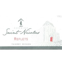 "French Wine Domaine Saint Nicolas ""Reflets"" Fiefs Venéen 2014 750ml"