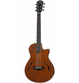 Taylor T5z Classic guitar