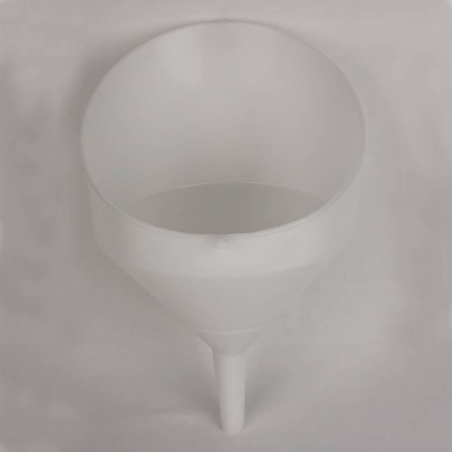 Large Slant Top Funnel Anti Splash - 25 cm. / 10 in.