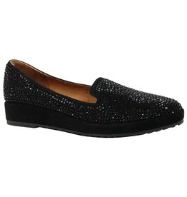 L'Amour des Pieds Arch Support with slight wedge-This is a high comfort loafer with lots of style!