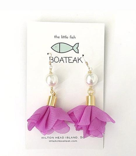 Little Fish Boateak Rosie Pearl Earrings in Lilac