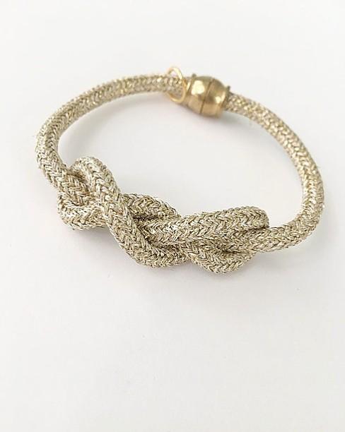 Little Fish Boateak Sailor's Knot in Gold