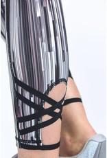 Wild Twist Leggings