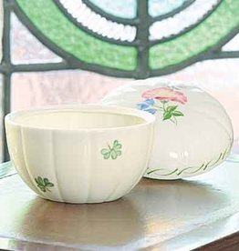 GIFTWARE BELLEEK EMERALD ISLE BOX
