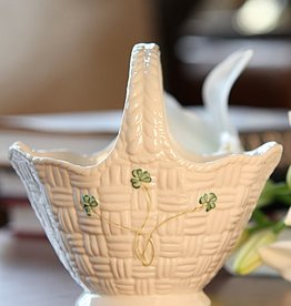 GIFTWARE BELLEEK SHAMROCK HANDLED BASKET