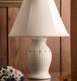 DECOR BELLEEK SHAMROCK BRAID LAMP