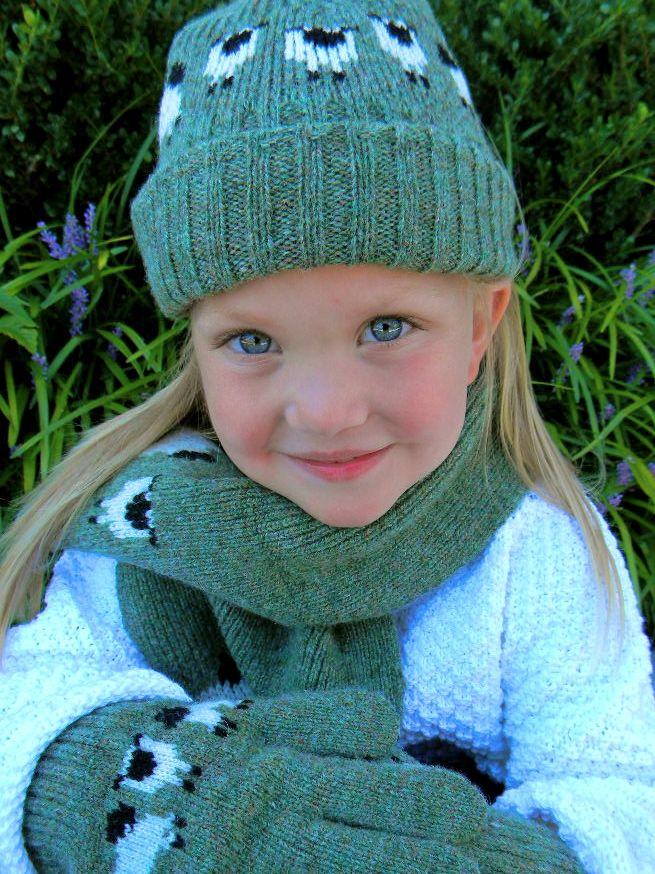 KIDS ACCESSORIES CHILDRENS HAT, GLOVES & SCARF SET