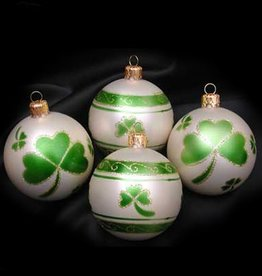 ORNAMENTS FOUR BALL SET WITH SHAMROCK ORNAMENT