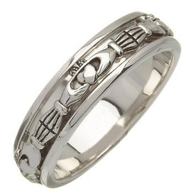 RINGS FADO STERLING CLADDAGH SPINNER RING