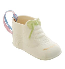 ORNAMENTS BELLEEK BABY'S FIRST CHRISTMAS SHOE ORNAMENT