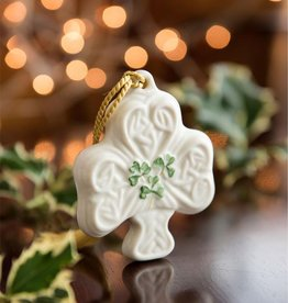 ORNAMENTS SHAMROCK PUFF BELLEEK ORNAMENT